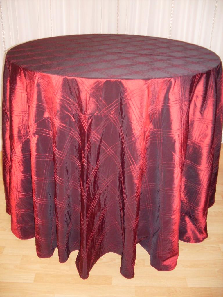 Chair Decor 187 Crimson Pintuck Tablecloth