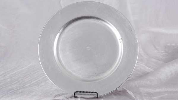 Accessories-ChargerPlates-SilverAcrylic-1