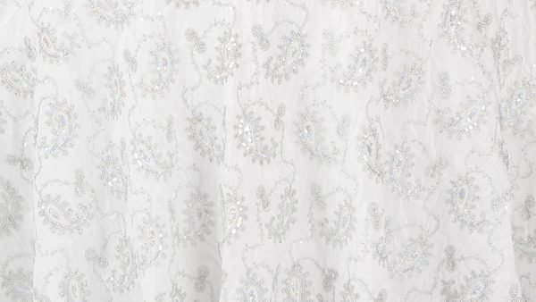 Linens-WhitesAndIvorys-WhiteSequinSwirl-2